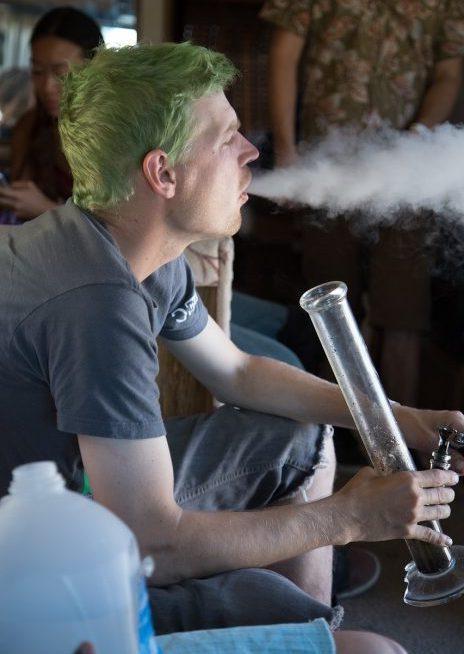Cannabis Shatter Dabbing Smoking Weed Extract Dab